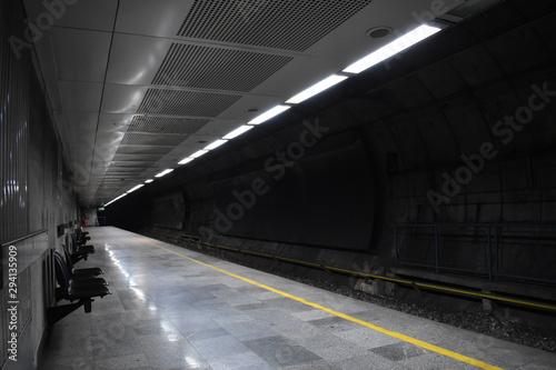 Obraz na płótnie Metro station at night