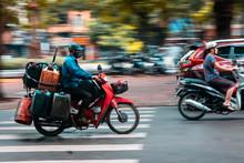 Barrido De Motorista En Hanoi ...