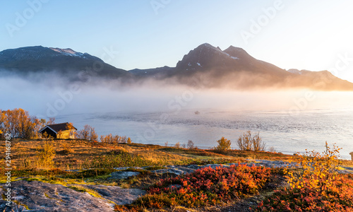 Deurstickers Noord Europa North sea coast in autumn. Norway. Troms