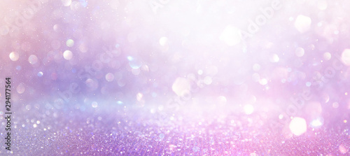 Foto abstract glitter pink, purple and gold lights background