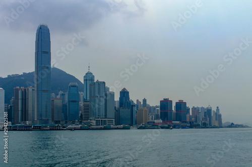 Photo sur Toile Hong-Kong Skyline of Victoria Bay, Transportation Ships and Hongkong Island in the background taken from Kowloon. Hong Kong, China, Asia
