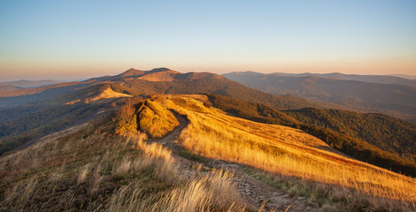 Fototapeta Do biura Beautiful mountains in Poland - Bieszczady