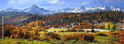Foto auf Leinwand Wasserfalle Scenic Mount Sneffles landscape in western Colorado