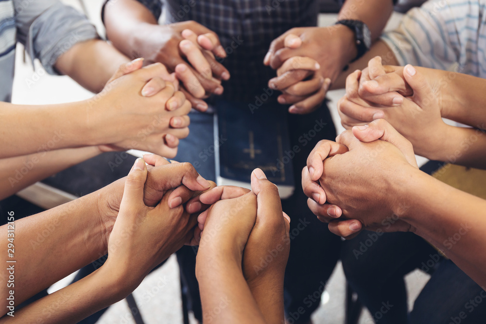 Fototapety, obrazy: diverse hands holding hold hands circle to pray for God each other support together teamwork