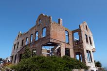 Alcatraz Warden House Ruins Sa...