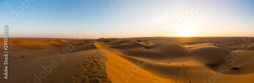 Photo Middle East, Arabia, Sultanate of Oman, Al Raka, sand dunes of the Rimal Al Wahi