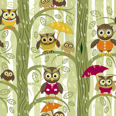 Owls in autumn seamless pattern in Scandinavian style. Owls on a tree in a autumn forest. Vector background for fabric, textile, wallpaper, posters, gift wrapping paper, napkins, tablecloths.