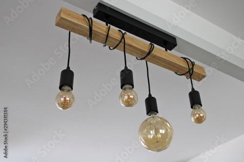 Lampes suspendues, bois et nature, intérieur design maison Wallpaper Mural