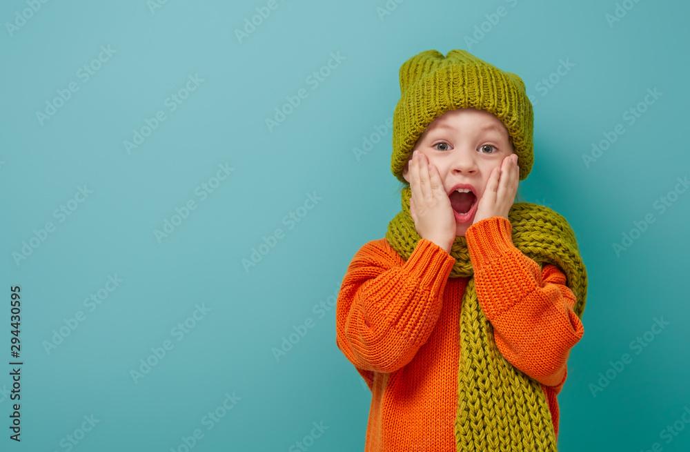 Fototapety, obrazy: Winter portrait of happy child