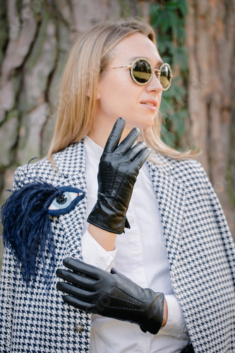 Photo Girl in classic gloves