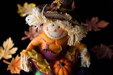 Adorable Happy Scarecrow Figur...