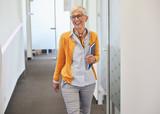 Fototapeta Łazienka - senior business woman office workplace corporate building
