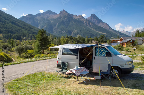 Foto Campervan holiday in the Ecrin mountains of Southern France