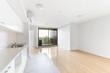Leinwanddruck Bild - Empty and unfurnished brand new apartment
