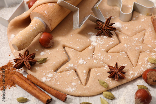obraz lub plakat cooking gingerbread cookies for christmas
