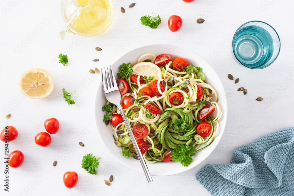 Fototapety, obrazy: vegan ketogenic spiralized courgette salad with avocado tomato pumpkin seeds