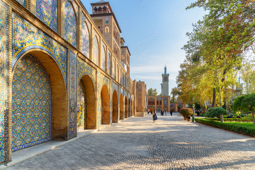 Fototapety, obrazy: Wonderful view of courtyard and garden at the Golestan Palace