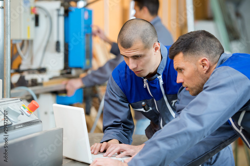 Fotografía  material designer and engineering workers