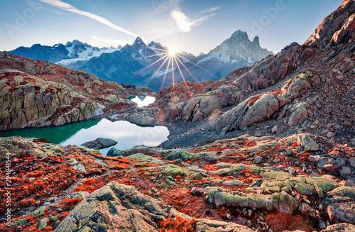 Montage in der Fensternische Landschaft Impressive autumn view of Lac Blanc lake with Mont Blanc (Monte Bianco) on background, Chamonix location. Beautiful outdoor scene in Vallon de Berard Nature Preserve, Graian Alps, France, Europe.