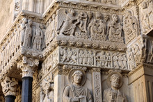 Details Of The West Portal  Sa...