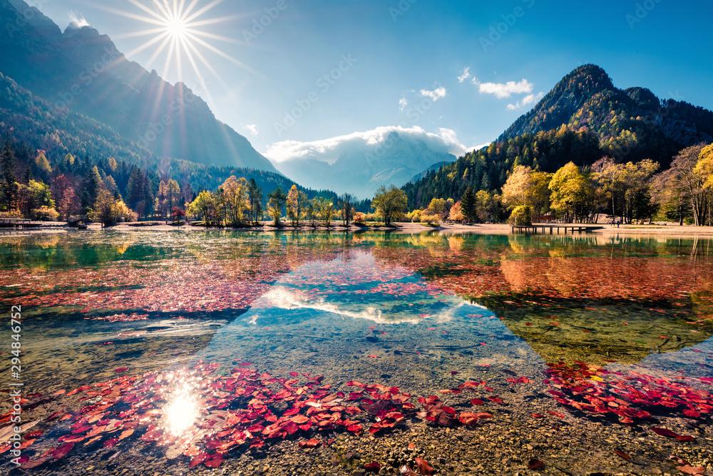 Fototapety, obrazy: Pejzaż górski nad jeziorem Jasna