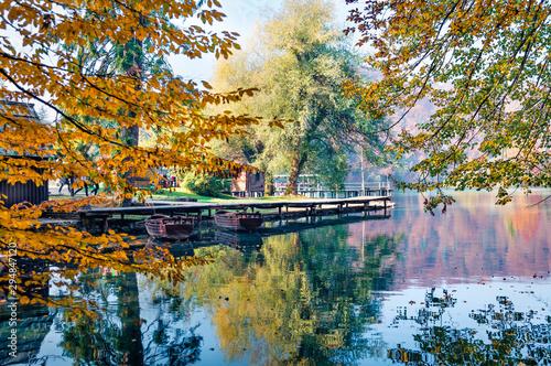 Fototapeta molo  jeziora-plitwickie-z-molem