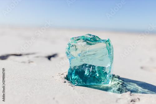 Glasbrocken im Meer Salzwasser Glas Tapéta, Fotótapéta