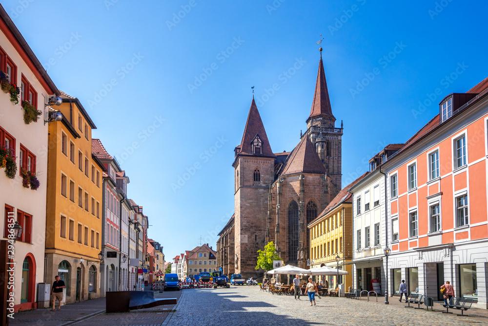 Fototapeta St. Johannis Kirche und Martin Luther Platz, Ansbach, Bayern, Deutschland