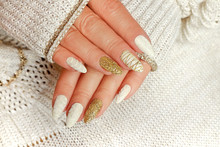 Knitted Sand Manicure On Long ...