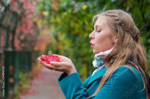 Tela Autumn and a walk in the fresh air
