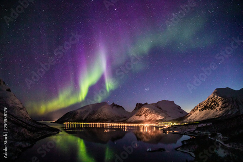 Photo sur Toile Aubergine aurora borealis in norway