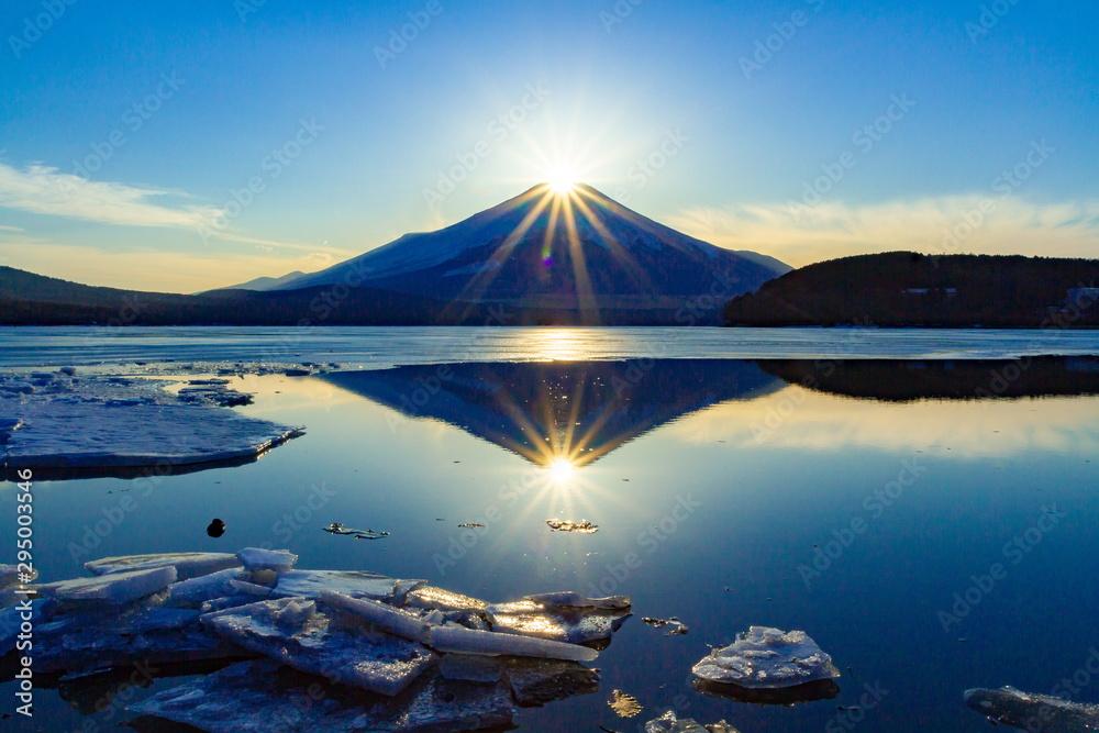 Fototapety, obrazy: ダブルダイヤモンド富士、山梨県山中湖にて