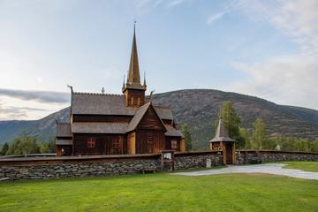 Fototapeta na wymiar Lom Stabkirche - Norwegen