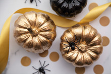 Luxury Gold And Black Autumn P...