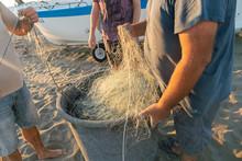 Untangling The Net. Fishermen ...