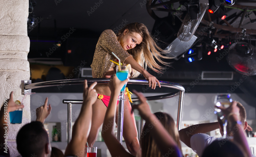 Fototapety, obrazy: Young woman dancer gogo dancing in the club