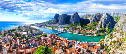 Fotomural Landmarks of Croatia - impressive Omis town surrounded with gorges, over Cetina
