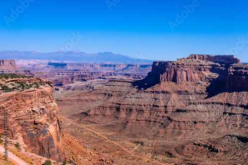 The red cliffs of canyon lands