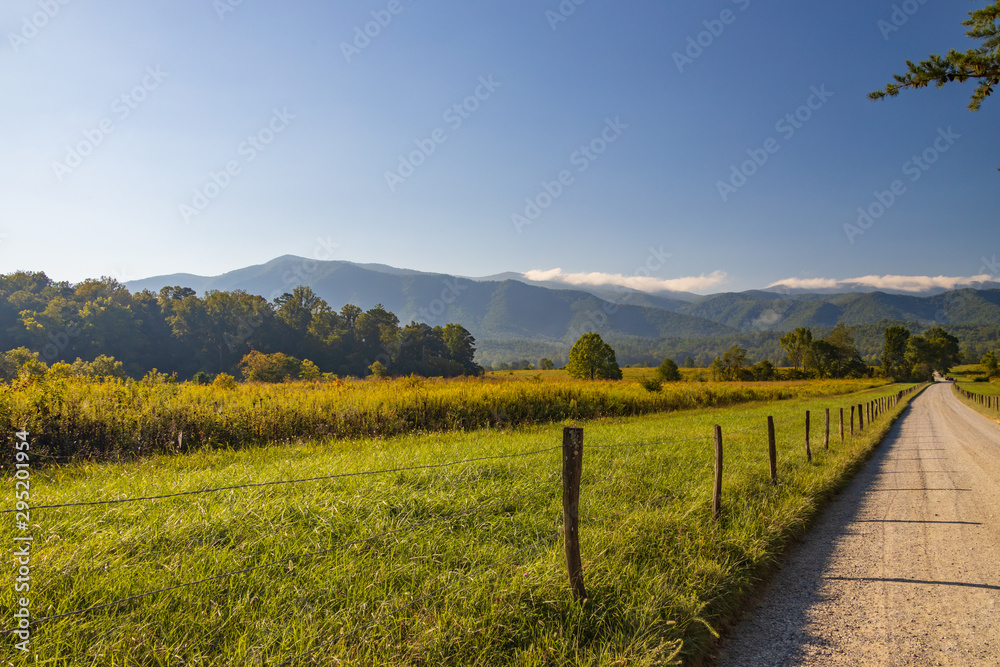 Fototapeta Cades Cove in Great Smoky Mountains National Park