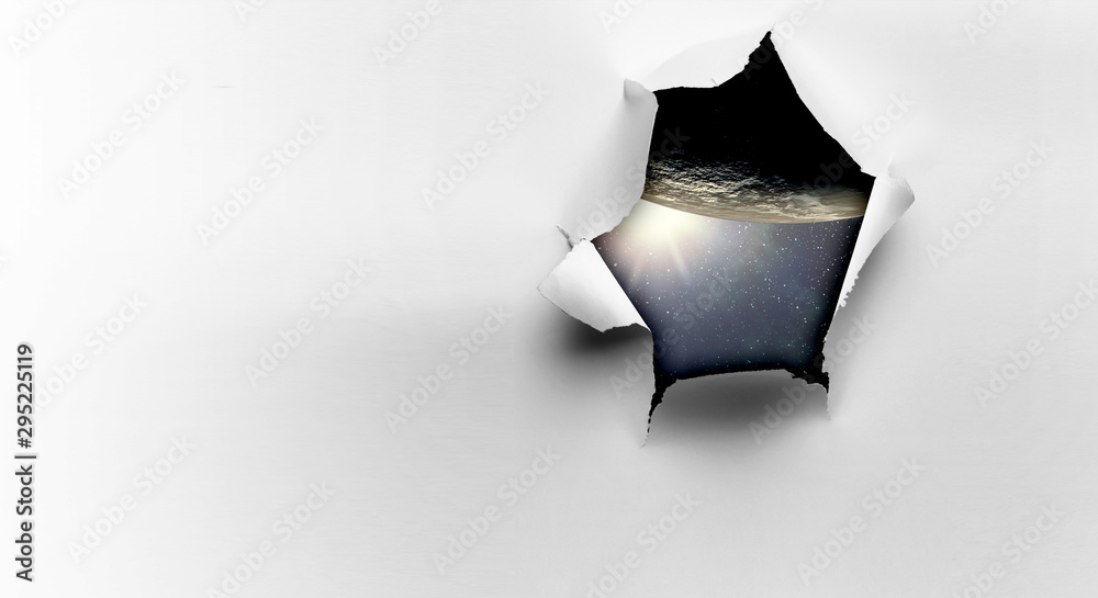 Fotografía Effect of torn paper hole