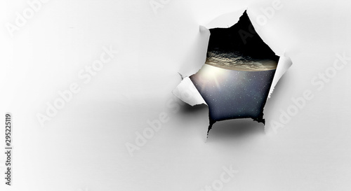 Fotomural  Effect of torn paper hole