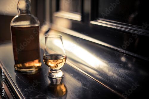 Fotografia  Glencairn whisky glass