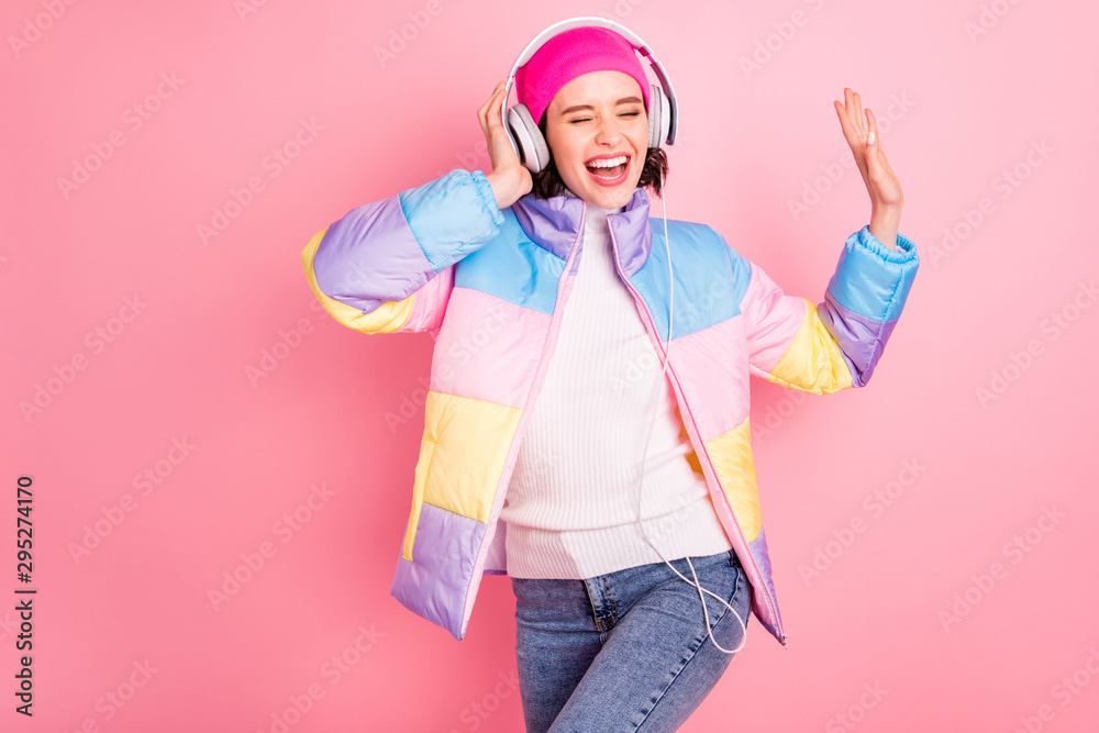 Fototapety, obrazy: Portrait of her she nice attractive lovely cheerful cheery glad positive girl enjoying mp3 track audio player hobby free time isolated over pink pastel background