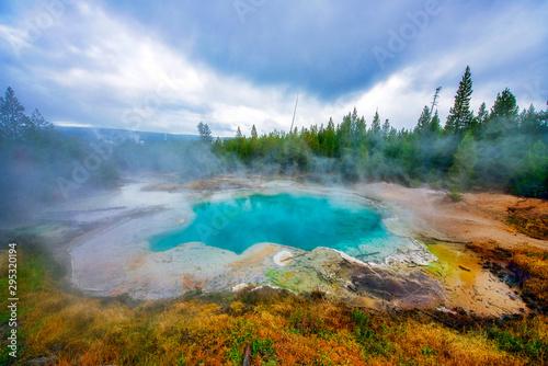 Emerals Spring in Yellowstone National Park Fototapeta