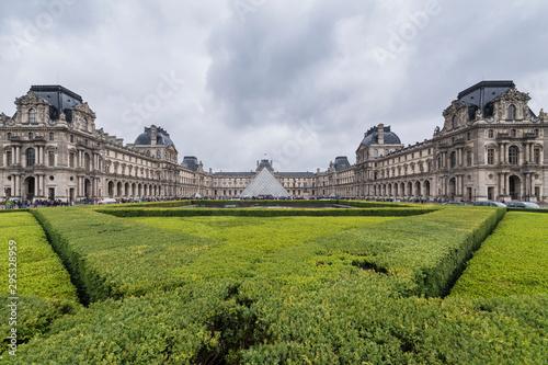 Fototapeta Louvre Paris