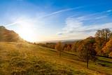 Fototapeta Na ścianę - Herbst auf der schwäbischen Alb - Aussicht vom Hörnle, Burg Teck
