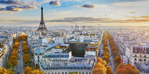 Photo sur Aluminium Tour Eiffel Aerial panoramic cityscape view of Paris, France