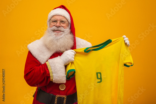 Photo Santa Claus is a fan of Brazil