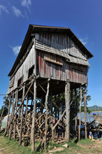 Flaoting Village Along The Ton...