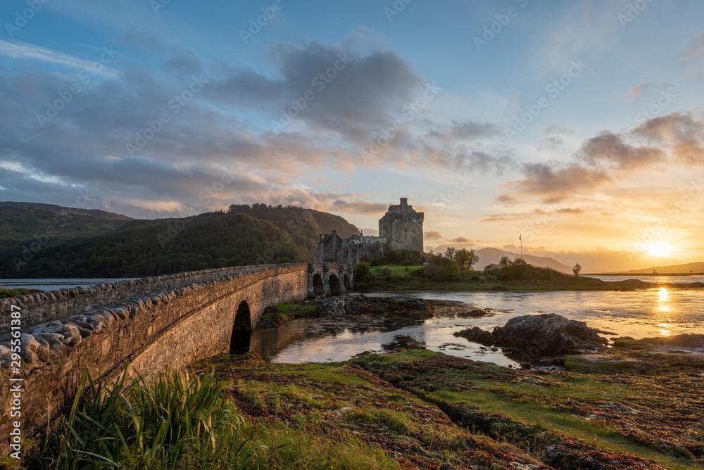 Fototapeta Eilean Donan Castle, Scotland at sunset